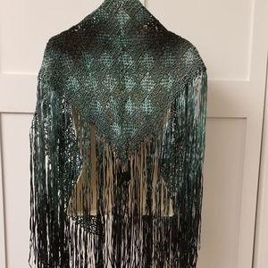 Vintage piano shawl